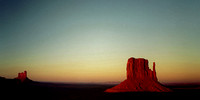 MONUMENT VALLEY SUNSET - Bob Cassway